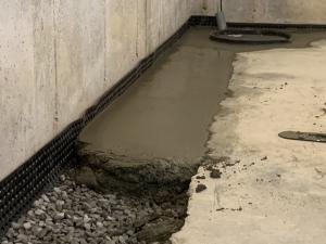 Concrete layer to floor level